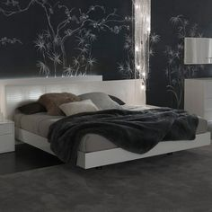 Nightfly Bed - Click to enlarge