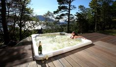Remote luxury Highlands eco lodge with the most fantastic view from its outdoor Hot Tub!