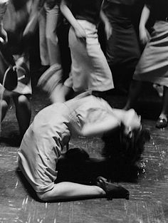 Showing motion in still photography: On the dance floor in Japan, Pina Bausch, Swing Dancing, Shall We Dance, Lets Dance, Lindy Hop, Dance Like No One Is Watching, Alvin Ailey, Dance Movement, Dance Photography