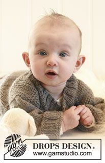 "Knitted DROPS suit with raglan in ""Merino Extra Fine"". ~ DROPS Design"