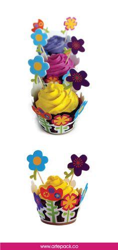 Decora tus cupcakes con nuestros wraps de flores. http://artepack.co/categoria-producto/wraps/