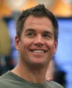 Michael Weatherly AKA Tony DiNozzo ... Can't get enough of this guy!!