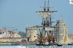 Départ de l'Hermione (avril 2015) : entre les 2 tours de La Rochelle