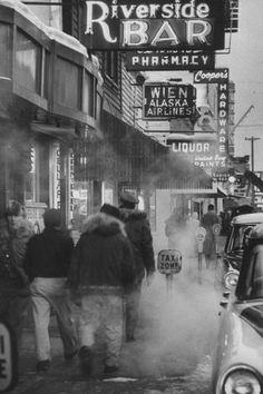 Photograph by Nat Farbman. Fairbanks, Alaska, 1958.