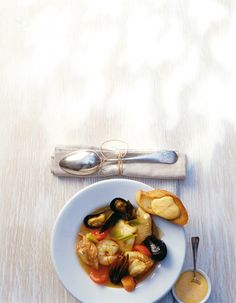 Bouillabaisse Bouillabaisse, Stew, Garlic, Food Photography, Curry, Homemade, Cooking, Drinks, Blog