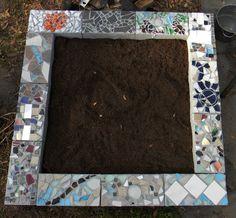 "Cinderblock raised bed with mosaic - step by step ""floridasurvivalgardening.com "" Love a way to dress up cinder blocks!"
