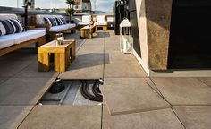 Functional with a decidedly urban feel: TRIBECA porcelain tiles by Novabell Outdoor Pavers, Patio, Deck Design, Terrace, Concrete, Outdoor Decor, Muffin, Porcelain Tiles, Home Decor