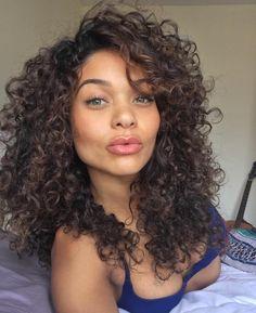 Afro hair of girls : Foto