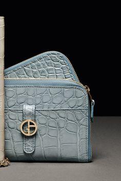 Borse e Scarpe Giorgio Armani Donna su Giorgio Armani Online Store