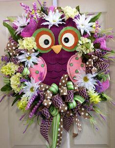 Spring / Summer Mesh Wreath by WilliamsFloral on Etsy Owl Wreaths, Wreath Crafts, Deco Mesh Wreaths, Easter Wreaths, Diy Wreath, Holiday Wreaths, Yarn Wreaths, Tulle Wreath, Floral Wreaths