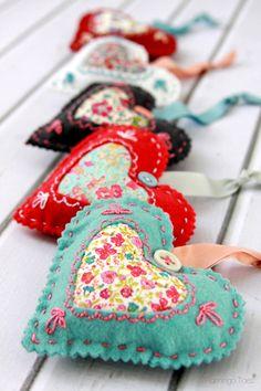 lavender-fabric-hearts-02