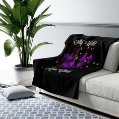 Grunge Accessories, Funky Fashion, Gothic Fashion, Stay Wild Moon Child, Dark Pictures, Gothic Home Decor, Gothic House, Bed Styling, Gifts For Her