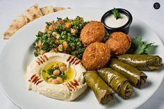 أَهْلًا وَسَهْلًا - The Lebanese Festival Lebanese Recipes, Vegan Recipes, Falafel Pita, Veggie Plate, Pita Wrap, Shawarma, Vegetarian Options, Hummus, Veggies