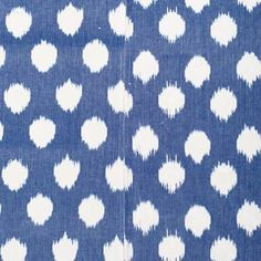 Blue and white ikat woven tablecloth online now as part of our Chic Hostess Gift Guide. Find it online now as well as in store @alothmanfashion open all day until 9:30pm. #ecru #fabric #ikat #weave #dots #online #shopping #linen #homeware #interiors #decor #design