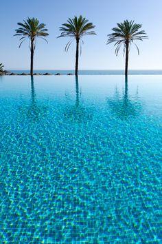 Infinity Pool de Beach Club Estrella del Mar #Marbella