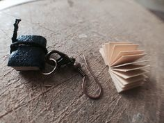 handmade notebook earring, earring, miniature book, handmade, elyapımı defter küpe tasarımı