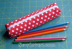 Fazendo Arte com a Clau: Estojo de tecido com molde Sewlover.com