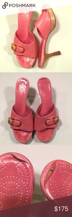Chanel Pink Slide Platform Sandals Logo CÇ Size 36 Chanel one banded slide with decorative logo cç buckle.  Normal wear on insole and sole, see photos.  Made in Italy. Chanel Shoes Heels