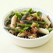 Penne with Asparagus and Bacon PointsPlus™ value: 8 Servings: 6 Preparation Time: 15 Cooking Time: 15 Level of Difficulty: Easy The trio of bacon, asparagus and cheese is just wonderful. We even coated the pasta with the bacon drippings for a double dose of smokiness. Ingredients 1 pound(s) uncooked asparagus, thin-variety, trimmed, cut into bite-size pieces 12 oz uncooked whole-wheat pasta, penne 1 cup(s) fresh tomato(es), chopped 2 Tbsp parsley, fresh, chopped 1 1/2 tsp balsamic vinegar 3…