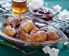 Sneboller er lækre, friterede godbidder, som passer rigtigt godt til december og juletiden, men de kan selvfølgelig nydes hele året, og det er ikke æbleskiver, og så er det en god gammel dansk opsk...