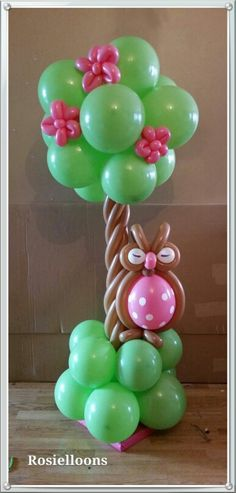 Small balloon column with owl. Also works as a table centerpiece.
