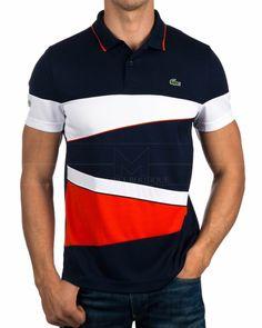 · Polo Lacoste tricolor: Azul marino, blanco y rojo · Composición: 100% poliéster · Logo al pecho con ac...