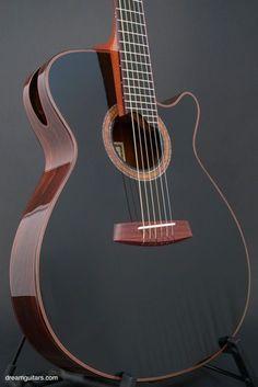 2007 Charles Fox Guitars Ergo SJ-14 Noir Confira aqui http://mundodemusicas.com/lojas-instrumentos/ as melhores lojas online de Instrumentos Musicais.
