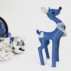 Cervatillo Ende Purpur por dadanoias en Etsy #deerdoll #deertoy #deer #bambi #woolfelt #glitterfelt #ciervo #cervatillo #blueglitter #purpurina #dadanoias