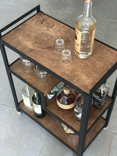 "Acquire excellent pointers on ""bar cart decor"". They are readily available for you on our internet site. Diy Bar Cart, Gold Bar Cart, Bar Cart Decor, Bar Carts, Gin Gifts, Whiskey Gifts, Industrial Bar Cart, Apartment Bar, Personalised Gin"
