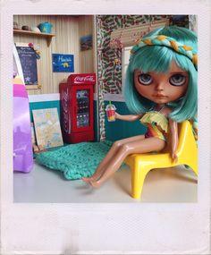 Hapuna and her beach hut | Adventure Time!