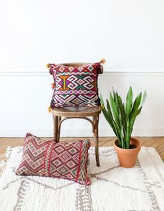 Vintage Moroccan Berber Pillow, Kilim Pillow, Lumbar Pillow, Bohemian Decorative Pillow, Boho Pillow