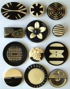 12 Vintage Art Deco Black & Ivory Coloured Celluloid Buttons