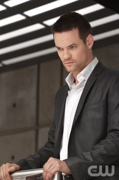 Nikita Pictured: Shane West as Michael Photo Credit: Ben Mark Holzberg/The CW  © 2010 The CW Network, LLC. All rights reserved.