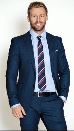 Mens Style Discover Navy suit with a light blue shirt with a navy red white striped silk tie white pocket square black belt Dapper Gentleman Dapper Men Gentleman Style Mens Fashion Suits Mens Suits Costume Sexy Moda Formal Herren Outfit Formal Suits Dapper Gentleman, Dapper Men, Gentleman Style, Formal Men Outfit, Formal Suits, Mens Fashion Suits, Mens Suits, Style Costume Homme, Costume Sexy