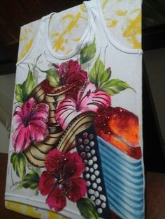Fabric Painting, Projects To Try, Tableware, Seersucker, Bella, Paintings, Facebook, Ideas, T Shirt Painting