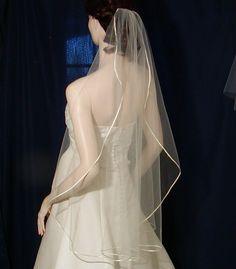 wedding veils wedding veil bridal veils Candlelight Ivory Bridal Veil Fingertip length  Ribbon edge cascading style