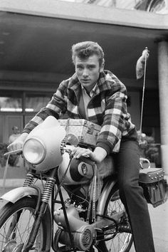French singer and actor Johnny Hallyday (RIP) in 1963 with his paloma super strada equally French Sidecar, Harley Davidson, Johnny Halliday, Motorcycle Posters, Retro Motorcycle, Lita Ford, Katee Sackhoff, Serge Gainsbourg, Cafe Racer Build