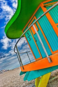 Lifeguard Hut (Miami Beach, Florida)