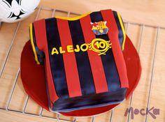Barza T-Shirt #Cake  www.mocka.co  #mocka #fcbarcelona #cakeshop #pasteleria #pastel #torta #barza #ponque