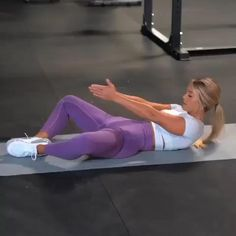 🔥 ab workout for you to try! The last exercise absolutely KILLS me every time 😂😩😭 definitely worth trying though! Bicycle Crunches Side Taps and Ups Tip of the Day! Fitness Workouts, Gym Workout Videos, Abs Workout Routines, Fitness Workout For Women, Butt Workout, Fitness Tips, Fitness Men, Female Fitness, Back Workout Women