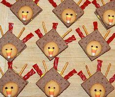 Thanksgiving (Food Craft Fridays): Turkeys (graham crackers, icing, Nilla Wafers, raisins, Candy Corn, & pretzel sticks)