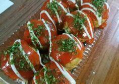 Bola-Bola Mie foto resep utama Mie Goreng, Takoyaki, Caprese Salad, Bruschetta, Ethnic Recipes, Food, Essen, Yemek, Insalata Caprese