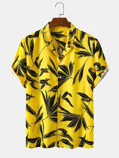 Chemise Fashion, Mens Printed Shirts, Casual T Shirts, Men Casual, Clothes For Sale, Types Of Sleeves, Shirt Style, Button Up Shirts, Shirt Designs