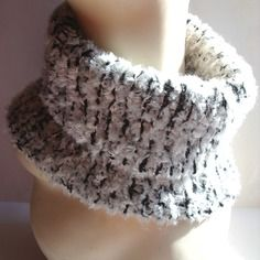 Snood / col / tour de cou tricot mixte