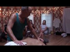 Temple Style Lomi Upper Back Strokes / Waiting for the Train.... - YouTube