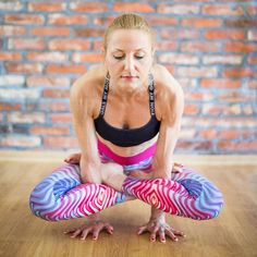 Monika Balicka from Yoga Loft Poznań wearing Bright Boho Hipnotic Leggings