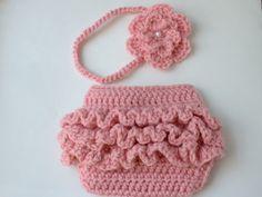 On sale-- Girl Crochet Ruffled Diaper Cover and Headband Set ( Newborn, 1-3M, 3-6M, 6-12M)