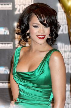 Rihanna Short Curls