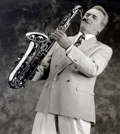 † Max Greger (April 1926 - August German bigband leader, saxophoneplayer, clarinetplayer and conductor o. of his own orchestra. Jazz Musicians, Old Tv Shows, Orchestra, Childhood Memories, Cinema, Black And White, History, Film, Celebrities