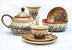 Made in Poland! Ceramic from Bolesławiec one of the form and decoration example, beautiful!; www.ceramicboleslawiec.com.pl